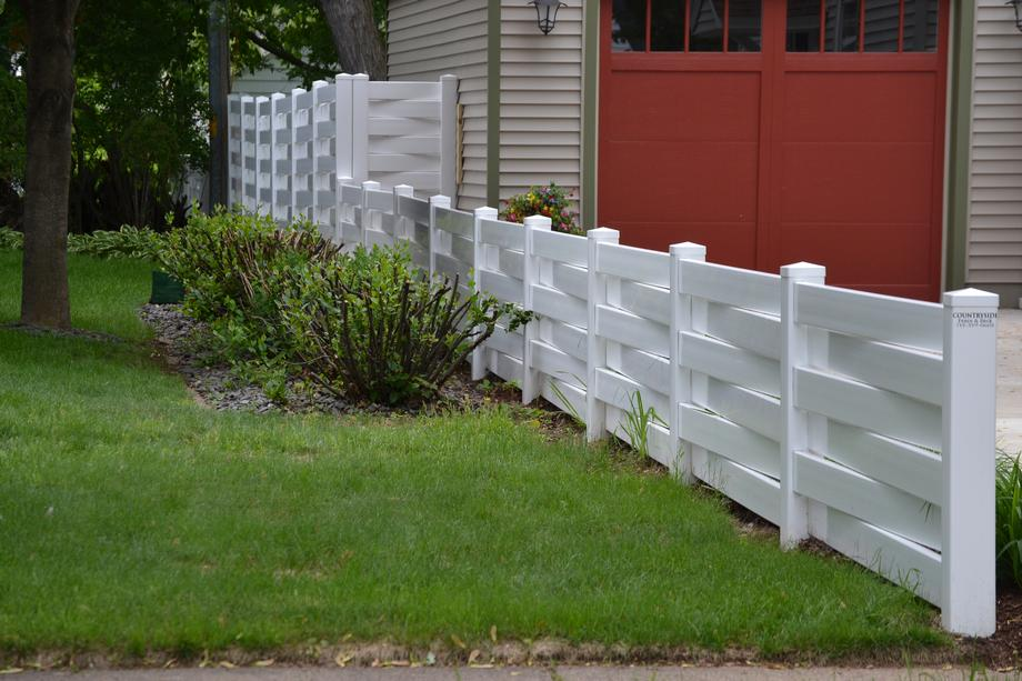 Vinyl fencing in Stevens Point, WI