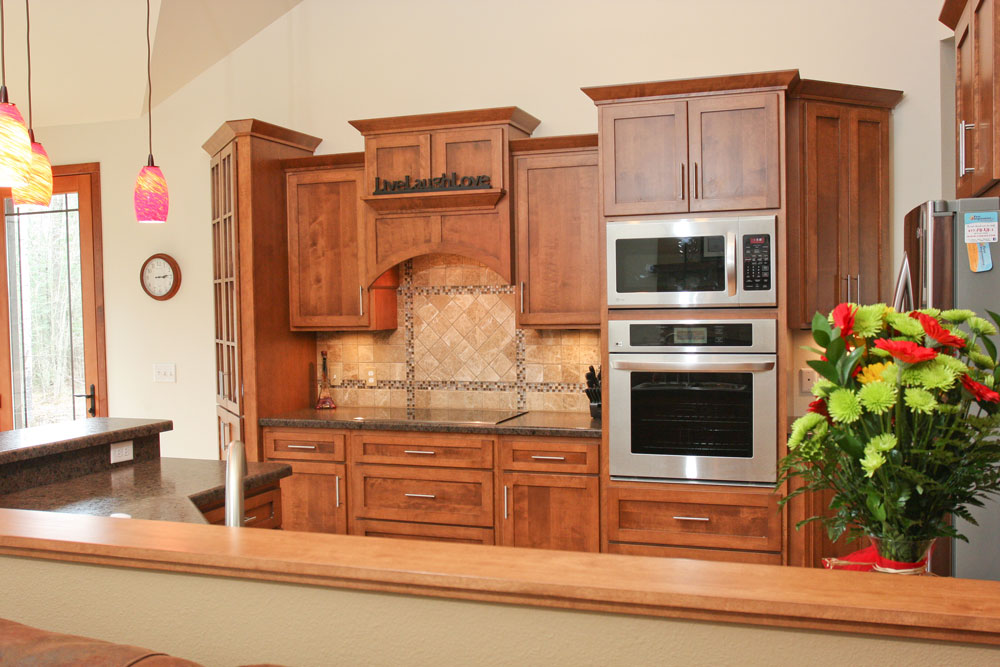Look! Custom Kitchen cabinetry in Plover, WI