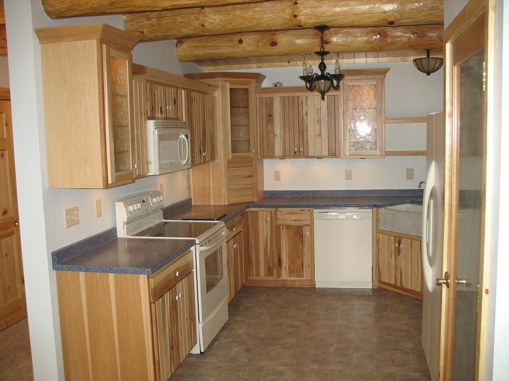 Look! Custom Kitchen cabinets in Shawano County