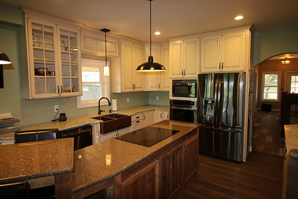 Look! Custom Kitchen cabinetry in Shawano, WI