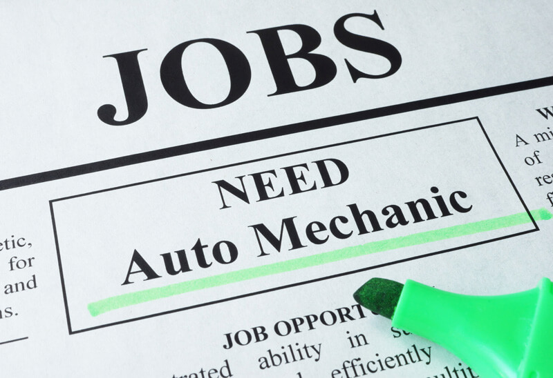 Now Hiring!  Experienced Auto Mechanics Needed in Stevens Point, WI